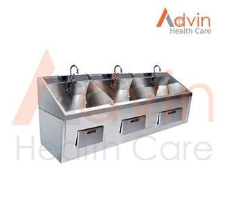Hospital Triple Basin Adjustable Scrub Sink Bay